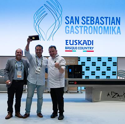 Entrega del premio a la mejor ensaladilla rusa de España | Foto: Coconut