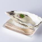 Ostra a la parrilla, recubierta de mayonesa de ostra con terrina de rabos de cerdo ibérico de Subijana | Foto: Coconut