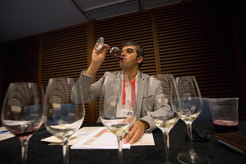 Ferran Centelles, sumiller de elBulliFoundation, dirigió la cata | Foto: Coconut