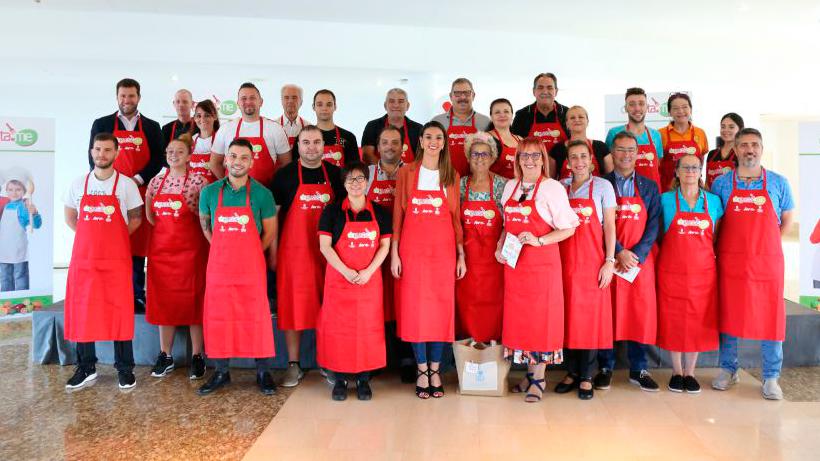 Foto de familia de la presentación de las Muestras Gastronómicas