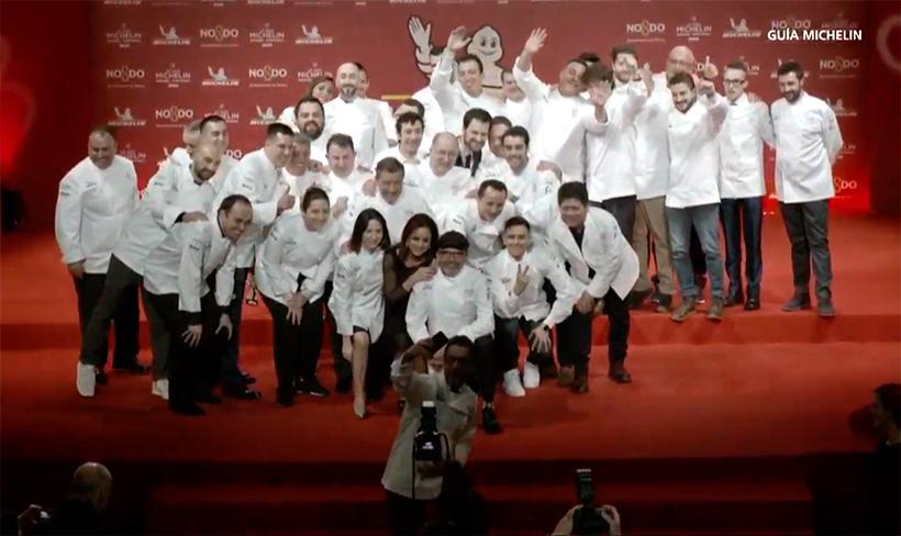 Los nuevos premiados se hacen, como es habitual, un selfie tras la ceremonia
