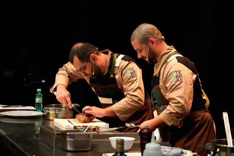Óscar y Antonio Gonçalves han presentado la cocina sefardí de las montañas portuguesas
