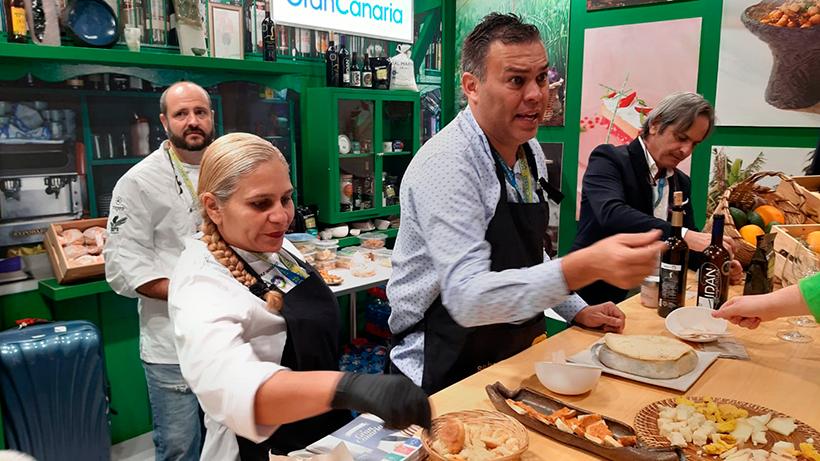 El queso Flor de Guía, los vinos y los dulces tradicionales coparon el estand de Gran Canaria | Foto: José L. Conde