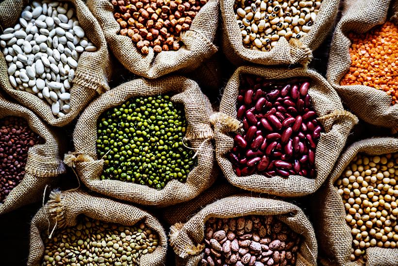 Se consumen más de noventa kilos de frutas al año por persona, pero de legumbres no llega a tres kilos y medio