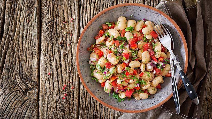 Las legumbres más consumidas son los garbanzos, las lentejas y por último las alubias