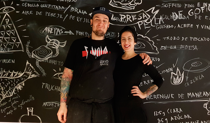 Safe Cruz y Aída González en su restaurante Cuerno Cabra en Gran Canaria | Foto: José L. Conde