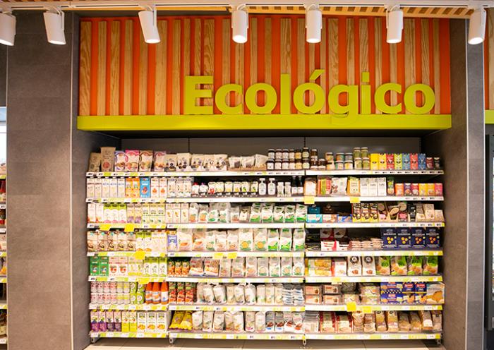 En 2013 HiperDino puso en marcha una sección de productos ecológicos que cuenta con más de 1.000 referencias disponibles