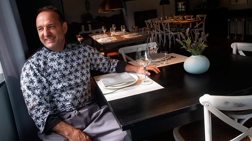 Gonzalo Tamames, en el comedor de La Sandunga | Foto: Fran Pallero