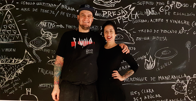 Safe Cruz y Aida González, en Cuerno de Cabra, el restaurante ubicado en el espacio gourmet de El Corte Inglés de Las Palmas de Gran Canaria | Foto: José L. Conde