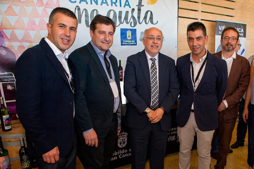 Agustín García Farrais y Mario Reyes junto a Josep Roca y Antonio Morales