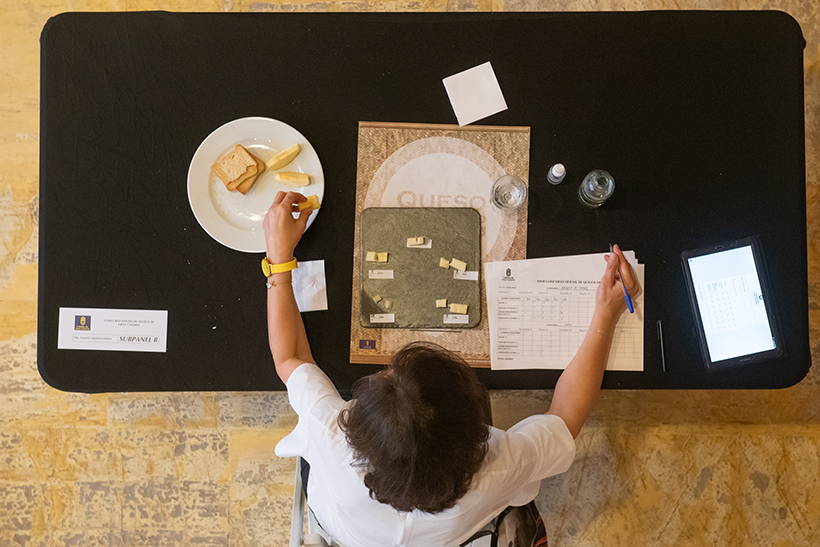 38 productores concurrieron al concurso con 91 quesos que aspiraban a 18.900 euros en premios