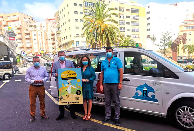 El alcalde de Los Realejos, la concejala de Turismo, el edil de Transportes y un representante del sector del taxi presentan la iniciativa
