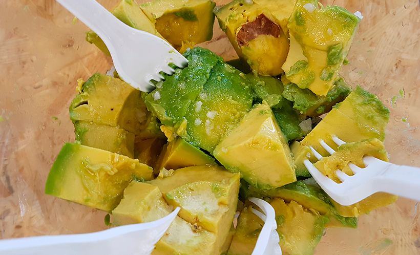 Compartir los platos no es aconsejable   Foto: José L. Conde