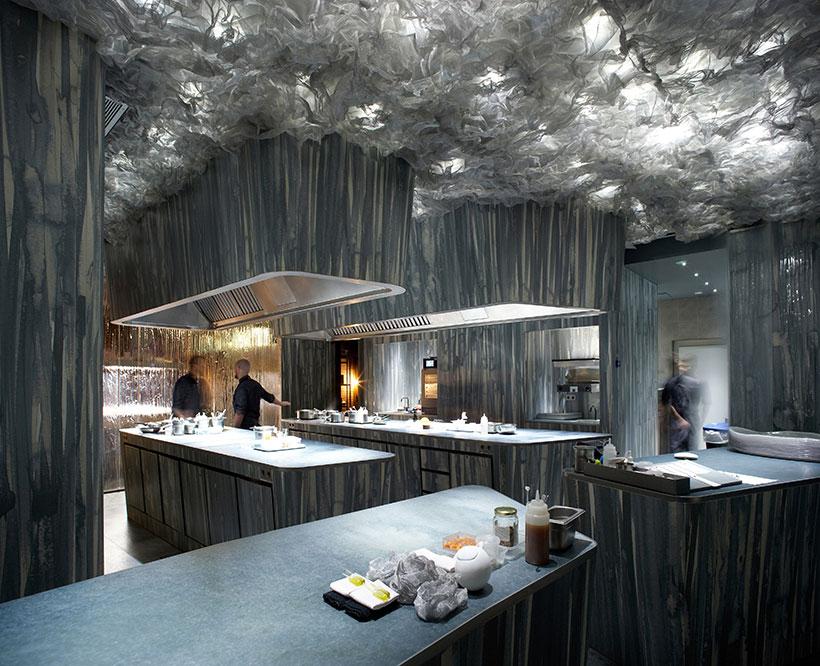 Interior del restaurante Enigma | Foto: Pepo Segura