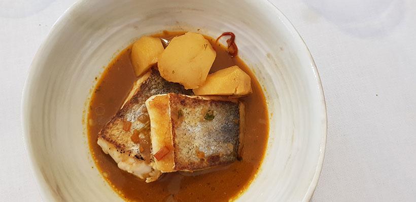 Guiso de pescado con mojo rojo del restaurante Silbo Gomero | Foto: José L. Conde