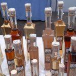 Algunos de los licores que elabora Remedios Alegría | Foto: José L. Conde