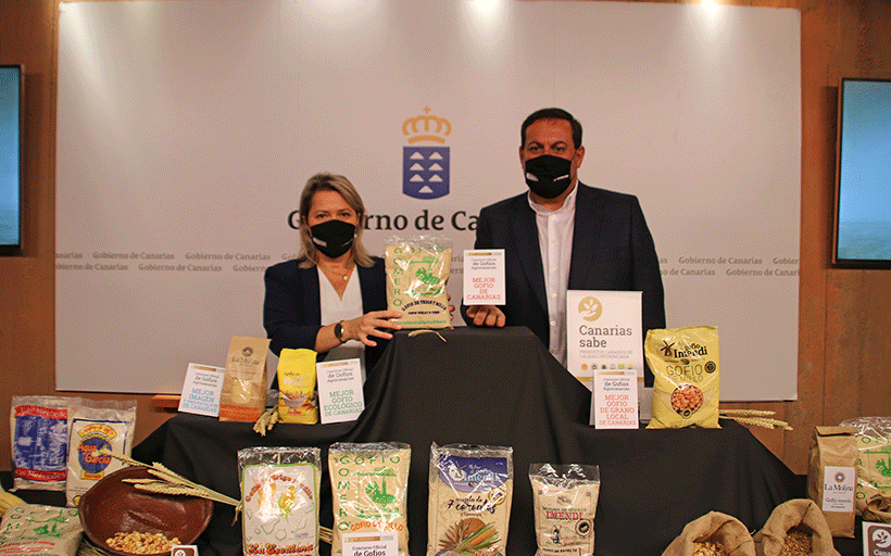Alicia Vanoostende y José Basilio Pérez anuncian el gofio ganador